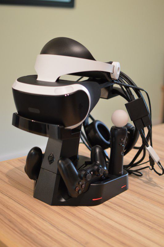 collective minds vr showcase 10 full with cable.JPG