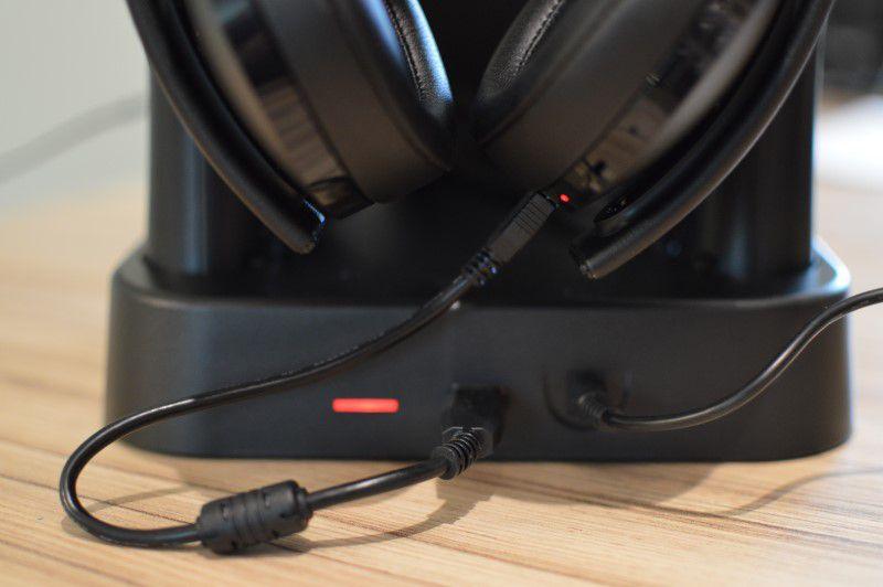 collective minds vr showcase 9 headphones.JPG