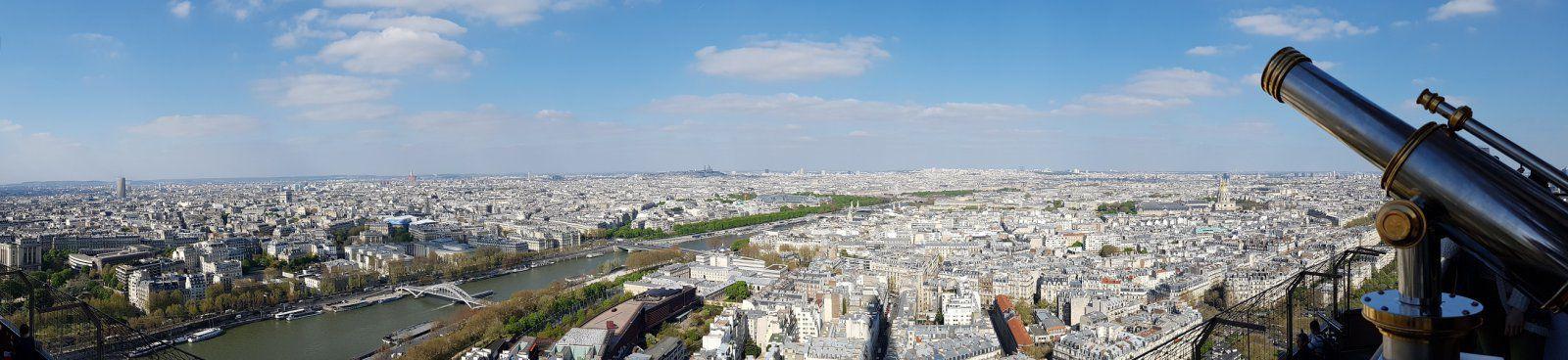 Eiffel Tower view.jpg