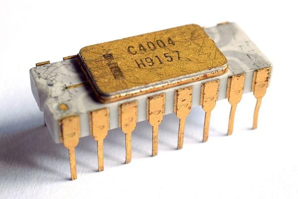 Intel_C4004.jpg