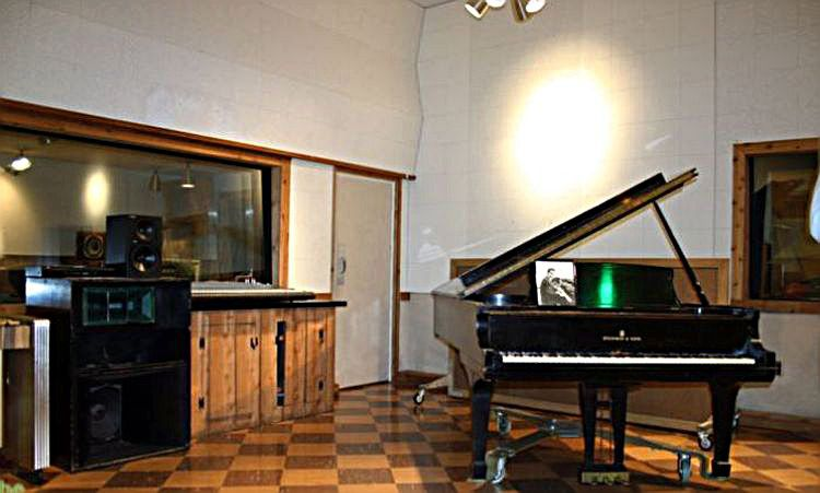 Studio B 3k.jpg